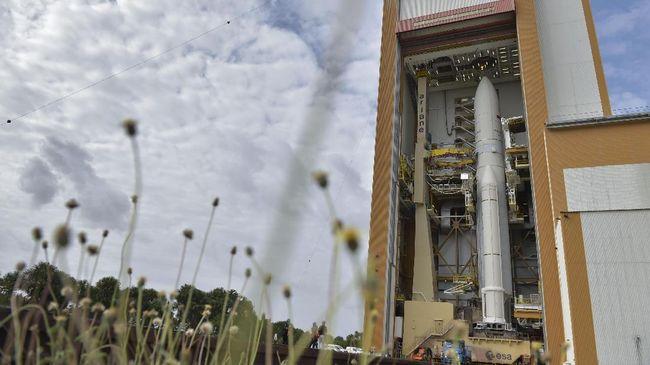 Persiapan Peluncuran Satelit Telkom 3S Berjalan Lancar