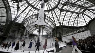 Kala Paris Fashion Week Digelar saat Hari Bebas Mobil