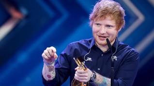 Ed Sheeran Akui Tak Sadar Tangannya Patah Saat Kecelakaan