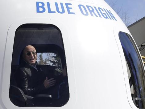 Jeff Bezos Siap Buka Wisata Luar Angkasa di Awal 2019