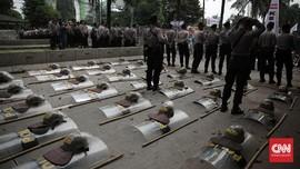 Ribuan Personel Aparat Gabungan Amankan Aksi 3 Tahun Jokowi