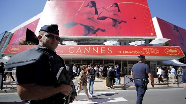 <p>Festival Film Cannes kembali digelar, 17 hingga 28 Mei 2017. Tahun ini, festival film bergengsi dunia itu mencapai usianya yang ke-70. (REUTERS/Stephane Mahe)</p>