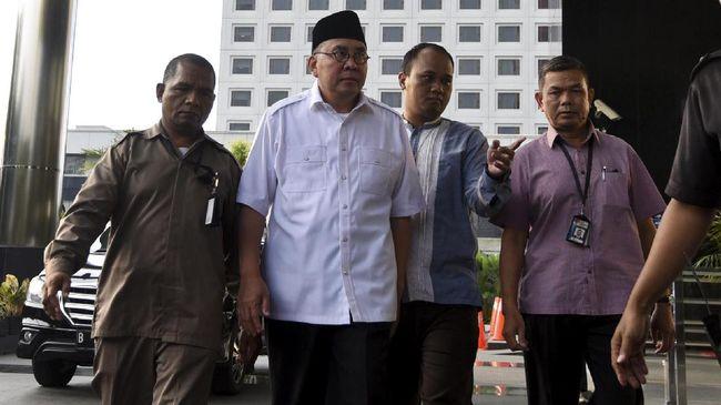 KPK Segel Ruang Kerja Gubernur Bengkulu