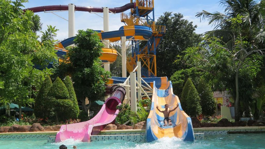 Atlantis Ancol Hadirkan 2 Seluncuran Pemacu Adrenalin