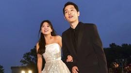 Song Joong Ki dan Song Hye Kyo Sebar Undangan Pernikahan
