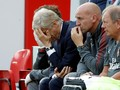 Baru Tiga Laga, Tagar 'Wenger Out' Sudah Muncul