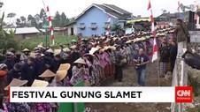Ritual Pengambilan Air Sikopyah di Festival Gunung Slamet
