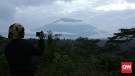 PVMBG Evaluasi Status Awas Gunung Agung