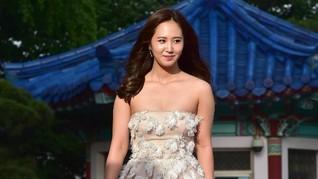 Akting Yoona 'Girls' Generation' Diganjar Penghargaan Asia