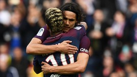 Cavani-Neymar Tak Berteman Meski Kompak di PSG