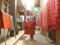 Mpok Laela Si Penjaga Batik Betawi