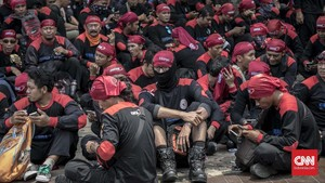 Serikat Buruh Nilai Janji Kampanye Anies-Sandi Tak Realistis
