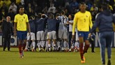 <p>Timnas Argentina merayakan sukses melangkah otomatis ke Piala Dunia 2018. Timnas Argentina mengakhiri kualifikasi di posisi tiga klasemen akhir zona Conmebol. (AFP PHOTO / Pablo COZZAGLIO)</p>