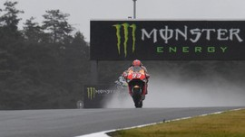 Marquez Senang Start di Depan Dovizioso dan Vinales