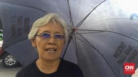 Payung Hitam dan Asa Sumarsih pada Jokowi Tuntaskan Kasus HAM