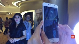 VIDEO: Mengenal Advan A8, Ponsel Lokal dengan Kamera Ganda
