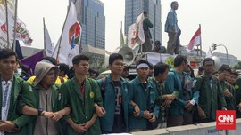 Mahasiswa-Buruh Beri Kado Tuntutan di 'Ultah' ke-3 Jokowi-JK