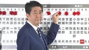 VIDEO: Shinzo Abe Menang Telak di Pemilu Jepang