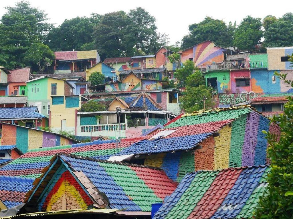 Foto: Kampung Pelangi Semarang yang Mendunia