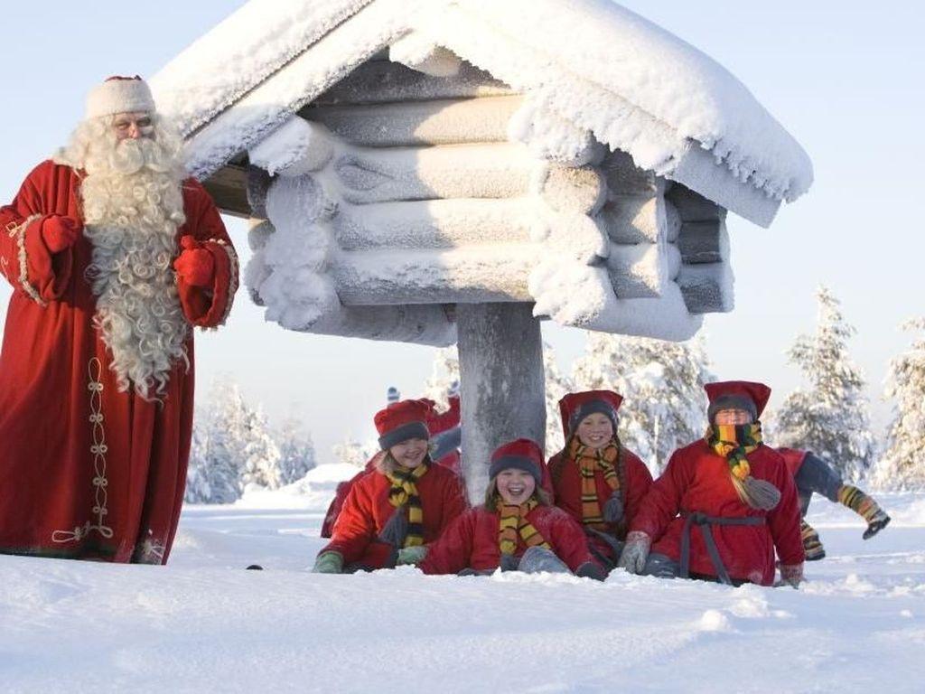 Foto: Destinasi Meriah & Menyenangkan di Dunia untuk Natal