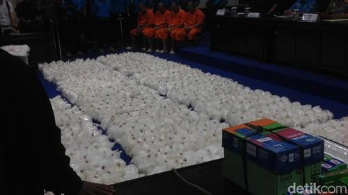 Penyelundupan 1,6 Ton Sabu di Batam