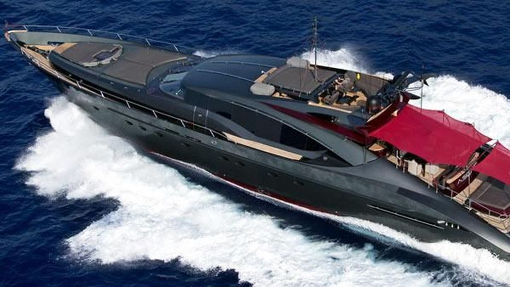 Foto: Yacht Mewah Christiano Ronaldo Seharga Rp 142 Miliar