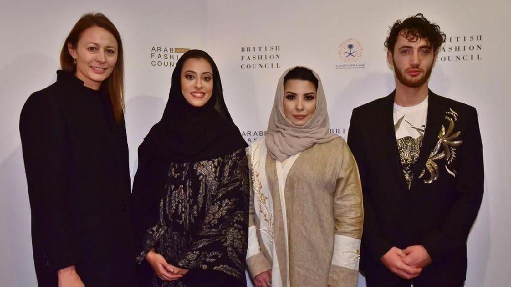 Arab Saudi Akan Gelar Arab Fashion Week untuk Pertama Kalinya