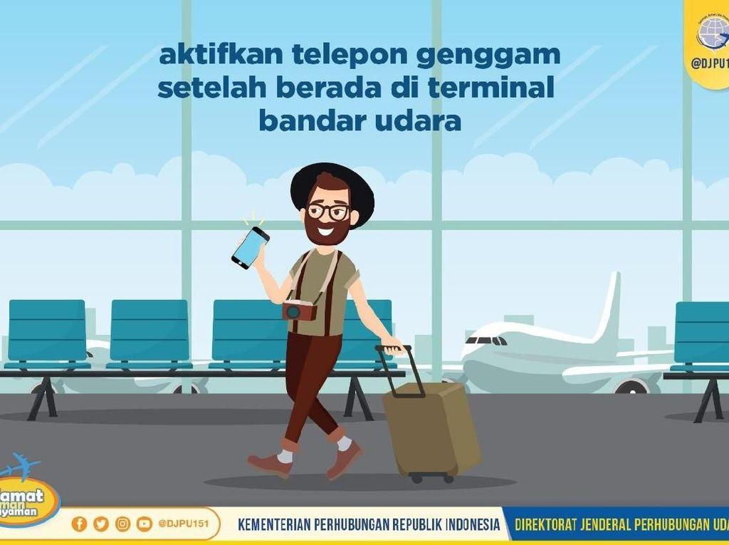 Ingat! Jangan Nyalakan Ponsel Sebelum Tiba di Terminal Bandara