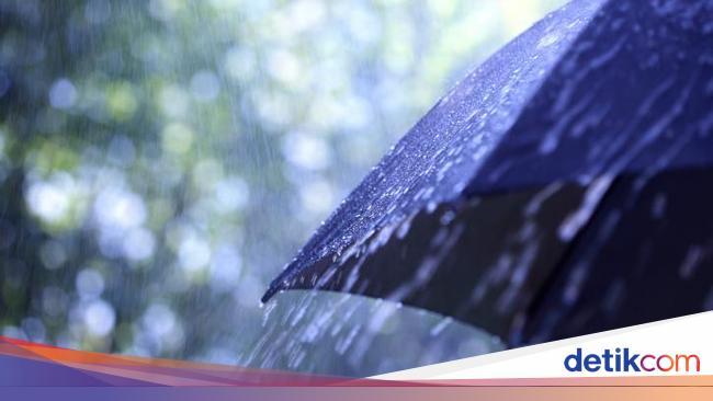 BMKG Prediksi Hujan Deras di Jakarta Berlangsung Hingga Dini Hari