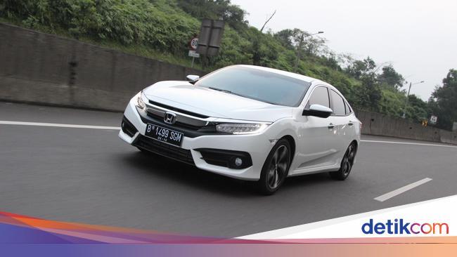 Efek Dolar Honda Naikkan Harga Mobil Impor