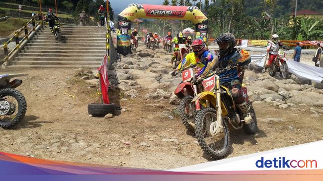 Viar Boyong Lima Tropi di Hard Adventure Endurocross ...