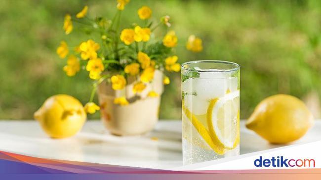 Lakukan Tantangan Seminggu Minum Air Lemon Kulit Pria Ini Jadi Seperti Ini
