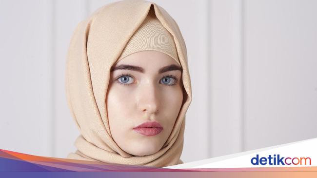 Tips Merawat Rambut untuk Wanita Bekerja yang Berhijab
