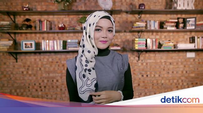 Video Tutorial Hijab Layer Samping Untuk Pergi Reuni