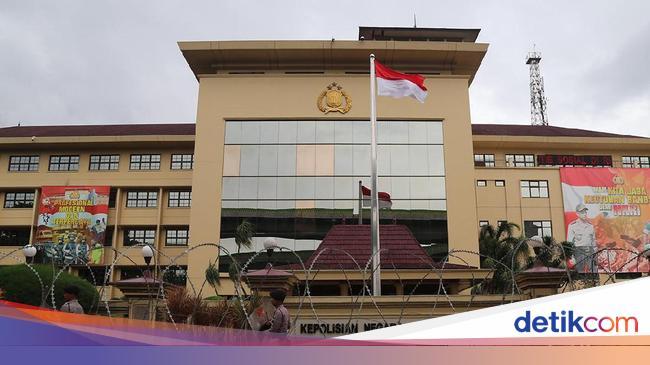 Darurat Corona, Polri Patroli Khusus Pantau Hoax dan Penghinaan Presiden