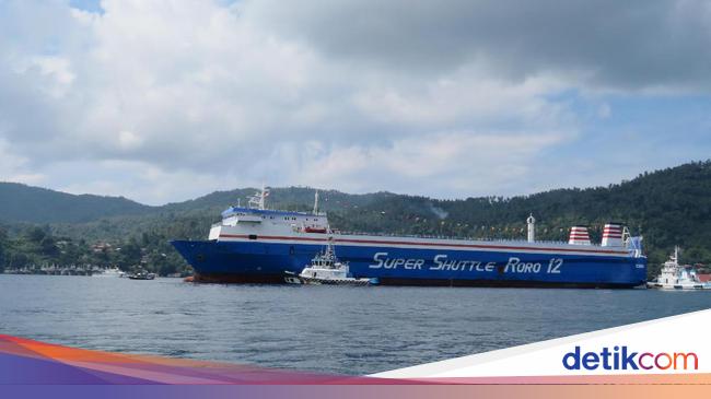 IPCC IPCC Kelola Bongkar Muat Kapal Ro-Ro di Pelabuhan Pontianak