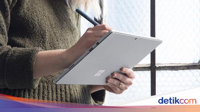 Microsoft Siapkan Surface Versi Murah