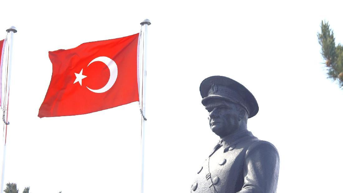 Model Hooker Erzurum