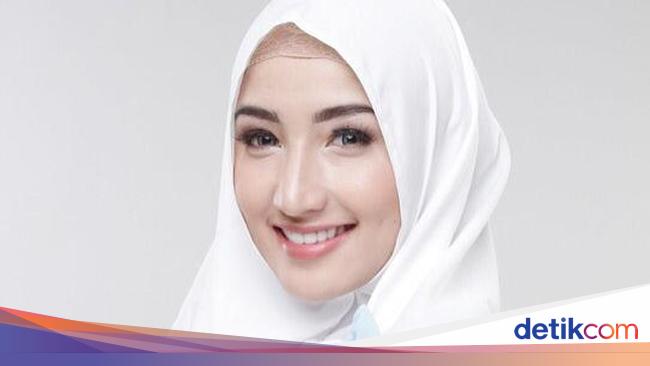 Foto Pesona 11 Dokter Cantik Berhijab Yang Populer Di Instagram