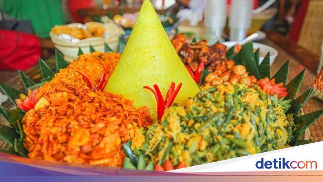 7 Makna Sajian Nasi Tumpeng Sajian Populer 17 Agustus