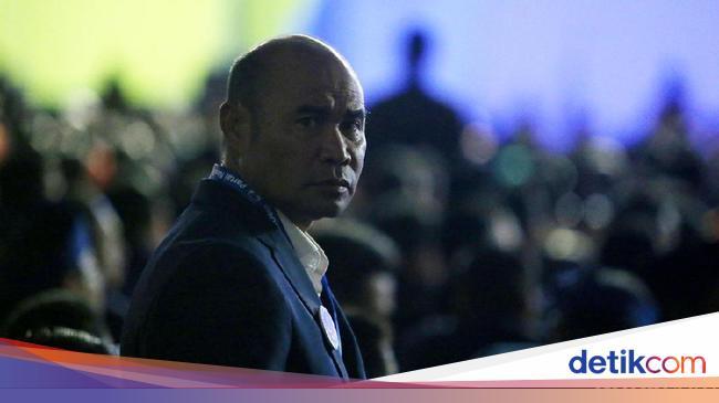 Tak Dilepas Warga NTT, Vitor Laiskodat Batal Jadi Menteri Jokowi