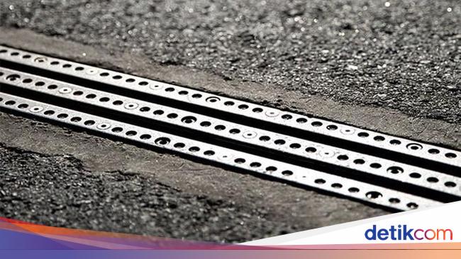 Jalanan yang Bisa Ngecas Mobil Listrik Sudah Dibuka