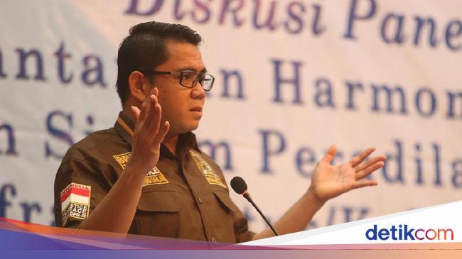 BUDI Anggap Arteria Kasar, Sudjiwo Tedjo Desak Megawati Minta Maaf ke Emil Salim - Halaman 2