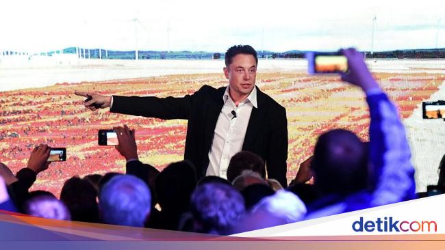 Heboh Elon Musk Menangis, Wajar Atau Tidak?