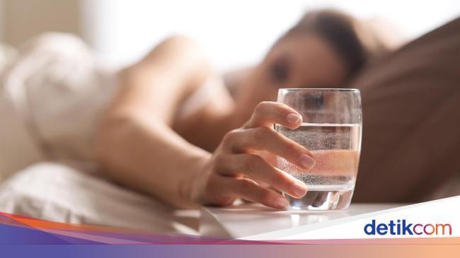 Tidak Harus Selalu Minum 8 Gelas Tiap Hari Ini 5 Aturan Minum Air Putih