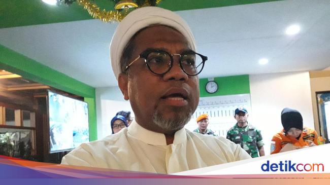 Ngabalin Sakit: Penumpang Pesawat Pindah Ke Tol Trans Jawa, Ngabalin