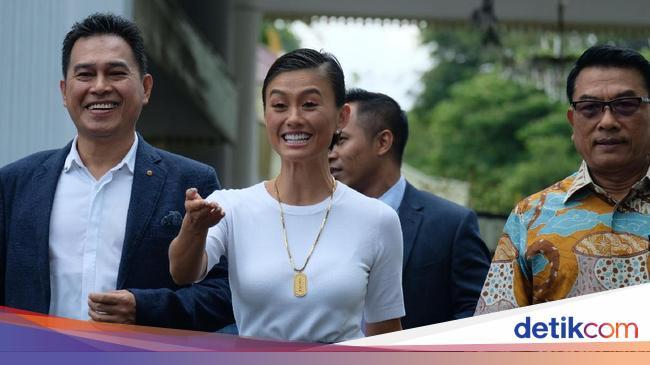Soal 'Darah Indonesia' yang Heboh Gara-gara Agnez Mo