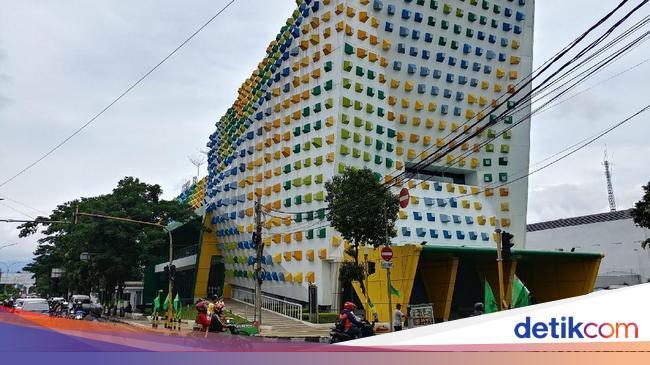 Balada Ruang Kreatif Bak Gedung 'Hantu' di Bandung