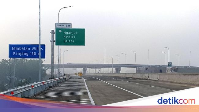 JSMR Ingat! Mulai Hari Ini Ruas Tol Trans Jawa Tak Lagi Gratis
