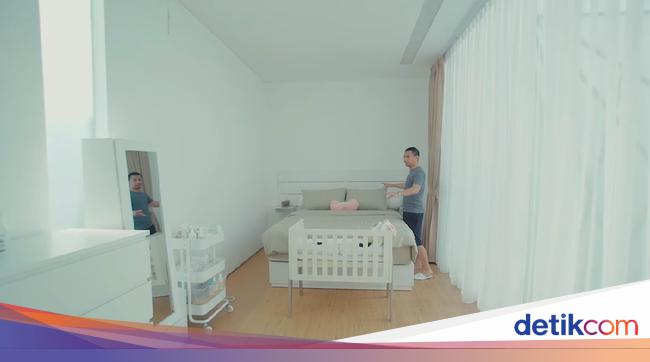 Desain Dapur Sempit Memanjang  bayi raditya dika lahir intip kamarnya yang minimalis sederhana